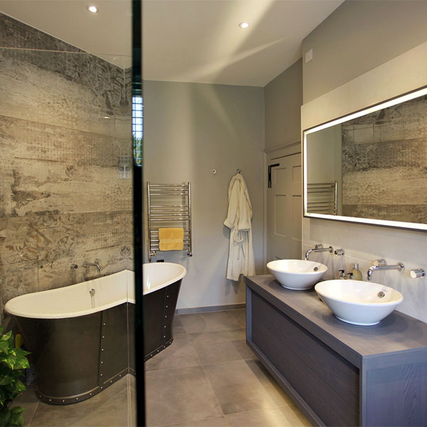 C p hart luxury designer bathrooms suites and accessories for Luxury bathroom ideas uk