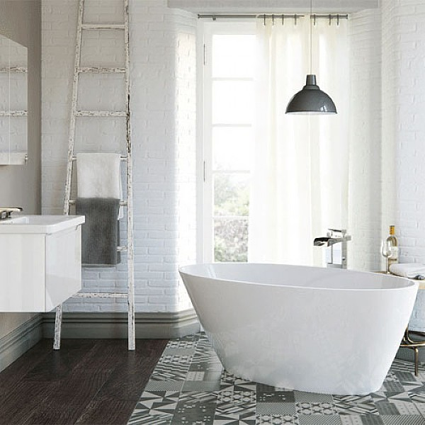 Leadon Freestanding Bath