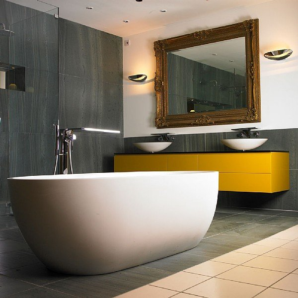 Stone One Freestanding Bath