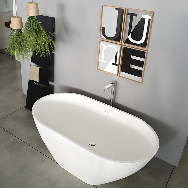 Ex.t June Freestanding Bath